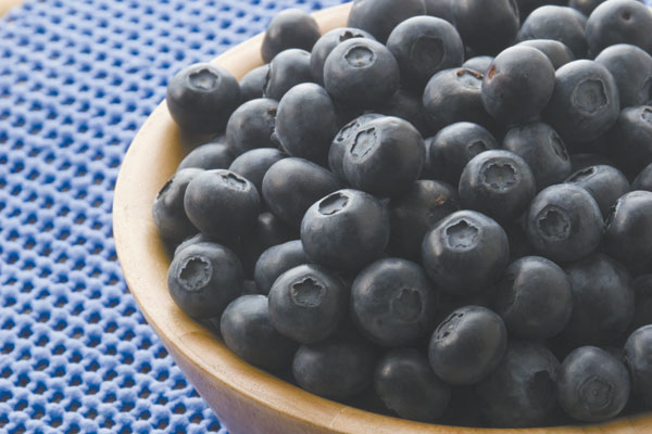 Blueberries-in-Bowl