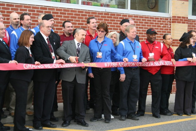 Ribbon cutting at Acme in Newtown Square, Pa., on Nov. 30