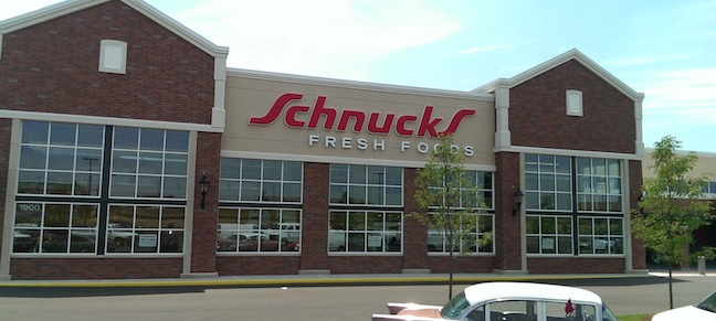 https://www.theshelbyreport.com/wp-content/uploads/2014/08/REG-MO-Schnucks-Lindenwood-WEB.jpg, curbside pickup