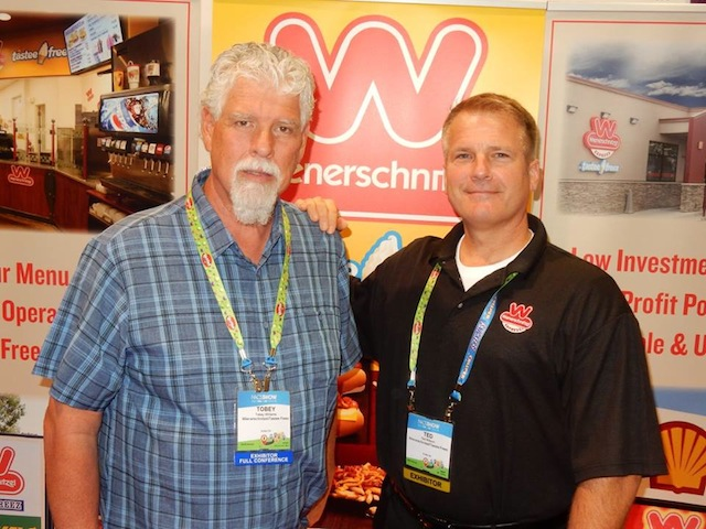 Tobey Williams of Rocky Mountain C-Stores with Ted Milburn of Wienerschnitzel/Tastee Freez.