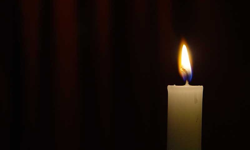 obit-candle