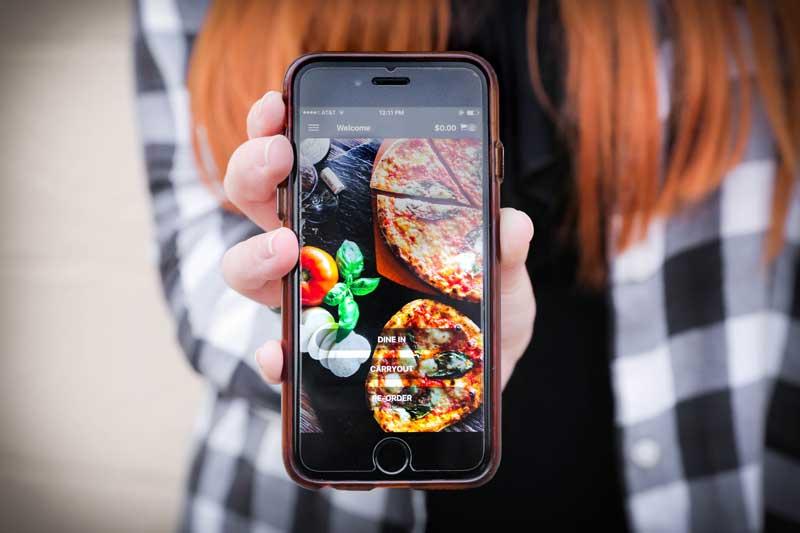 Dorothy Lane's pizza-ordering app