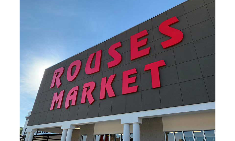 The Moss Bluff, Louisiana, Rouses' front sign
