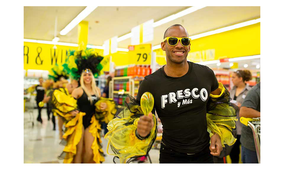 A dancer at a Fresco y Mas store opening