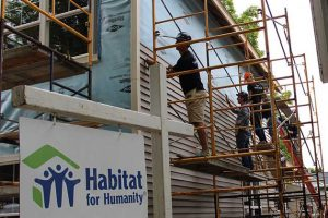 SpartanNash Habitat for Humanity volunteers