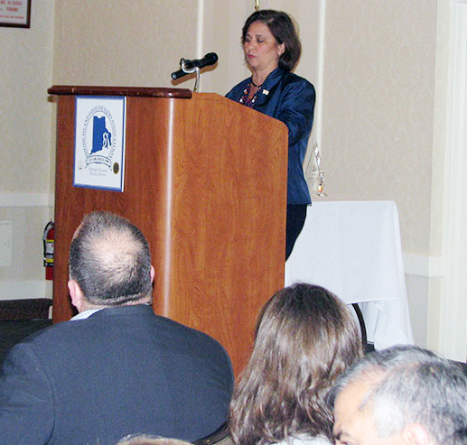 RIFDA Inducts Hall Of Fame Members, Crowns Best Bagger