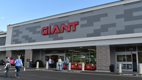 Walnutport PA Giant store opening, TV ad, Giving Tuesday, East Stroudsburg