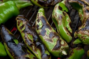 Gelson's Hatch Chile tastings and roasting