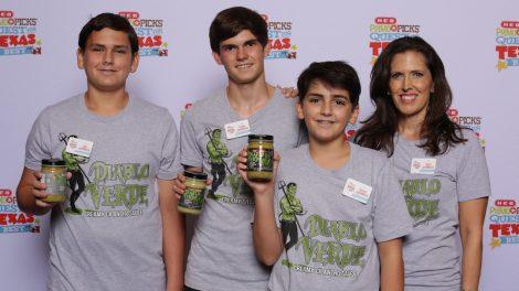 Luke, Ayden, George and Traci Johannson, 3 Sons Foods Diablo Verde Sauce, Houston.