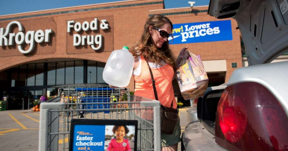 Kroger to lay off hundreds