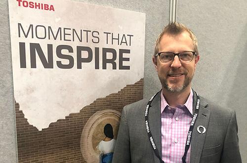 NRF Toshiba Fredrik Carlegren