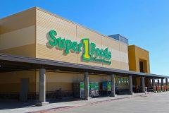 BGC Super 1 Foods, exterior