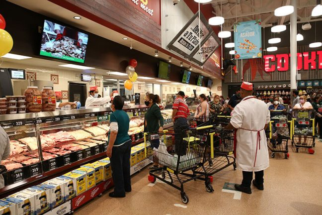 Northgate González Market Opens New Store In South Gate