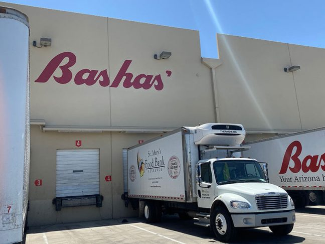 Bashas' And Food City Donate More Than 11,000 Pounds Of Apples
